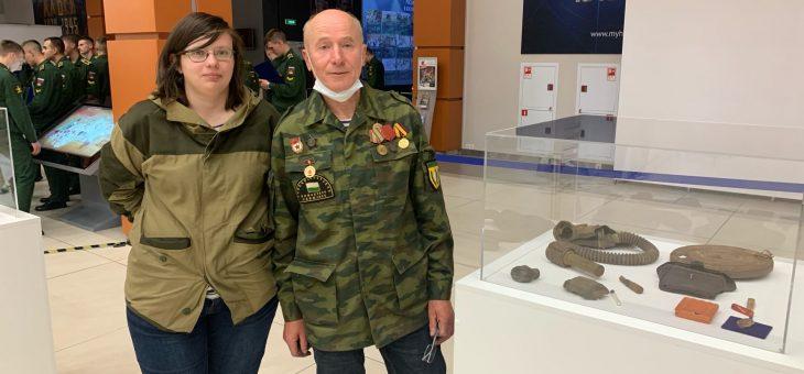Поисковый отряд «Ингрия» принял участие в выставке «Расскажи мне о войне»